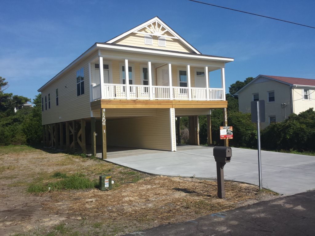 New modular duplex completed in carolina beach nc for Duplex modular homes